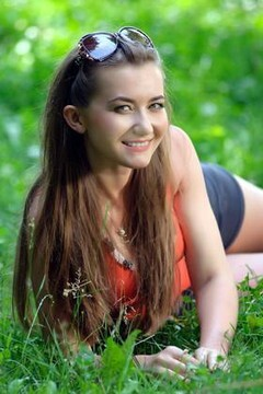 Tanya from Ivanofrankovsk 24 years - nice fiancee. My mid primary photo.