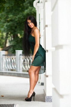 Inessa from Poltava 26 years - single russian woman. My small primary photo.