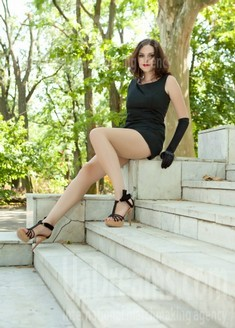 Elena from Odessa 32 years - photo gallery. My small public photo.