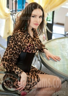 Elena from Odessa 32 years - waiting for husband. My small public photo.