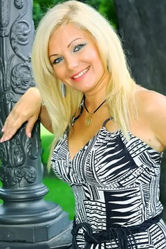 Olga from Odessa 38 years - romantic girl. My mid primary photo.