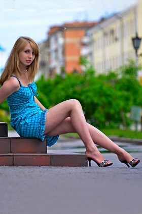 Anastasia from Sumy 21 years - mysterious beauty. My small primary photo.