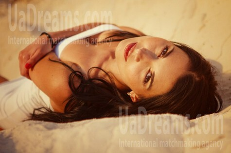 Irochka from Donetsk 28 years - introduce myself. My small public photo.