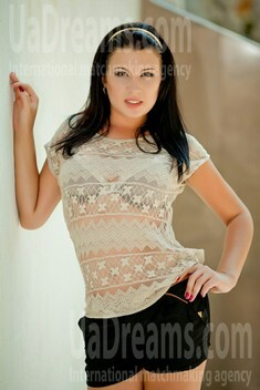Katerina from Nikolaev 23 years - charm and softness. My small public photo.