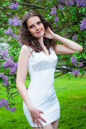 Yana from Sumy 20 years - seeking man. My big primary photo.