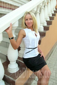Irina from Sumy 31 years - lovely girl. My small public photo.