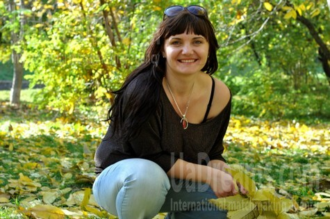 Liudmyla from Rovno 32 years - happy woman. My small public photo.