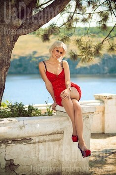 Yana from Dnepropetrovsk 28 years - mysterious beauty. My small public photo.