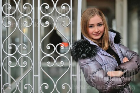 Alina from Simferopol 21 years - future bride. My small public photo.