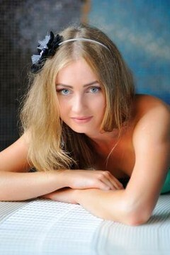 Alina from Simferopol 20 years - clever beauty. My mid primary photo.