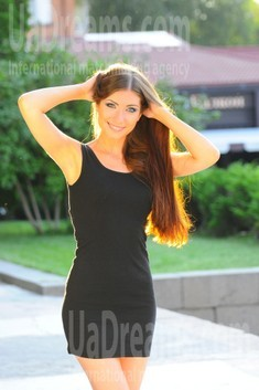Anna from Cherkasy 21 years - waiting for husband. My small public photo.