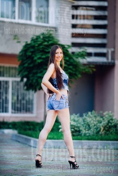 Anna from Cherkasy 22 years - look for a man. My small public photo.