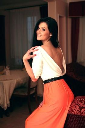 Olya from Poltava 27 years - desirable woman. My small primary photo.