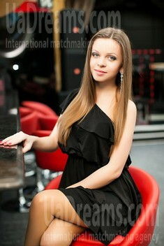 Vicky from Nikolaev 19 years - soft light. My small public photo.