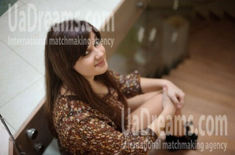 Zoryana from Ivanofrankovsk 18 years - want to be loved. My small public photo.