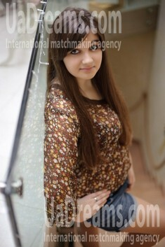 Zoryana from Ivanofrankovsk 19 years - creative image. My small public photo.