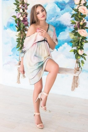 Yana from Kharkov 42 years - kind russian girl. My small primary photo.