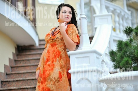 Lenurochka from Simferopol 23 years - romantic girl. My small public photo.