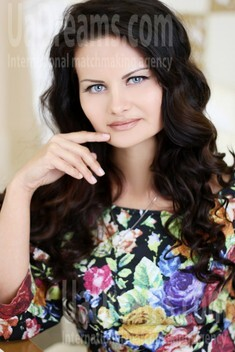 Tanya from Kiev 28 years - Music-lover girl. My small public photo.