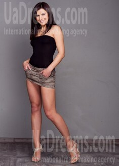 Marinka from Poltava 26 years - charm and softness. My small public photo.