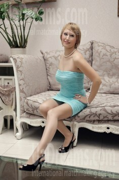Ira from Ivanofrankovsk 36 years - lovely girl. My small public photo.