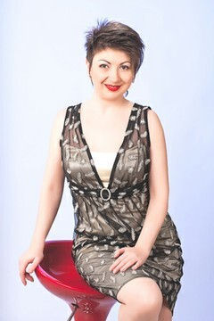 Antonina from Nikolaev 36 years - good mood. My small primary photo.