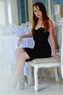 Alena from Simferopol 22 years - future bride. My mid primary photo.