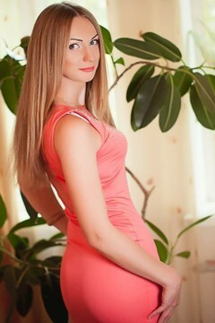 Elena from Nikolaev 29 years - waiting for you. My small primary photo.