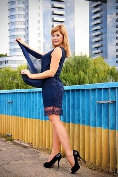 Olenka from Zaporozhye 32 years - attentive lady. My mid primary photo.