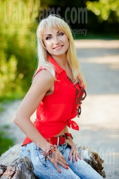 Sveta from Poltava 44 years - hot lady. My small public photo.