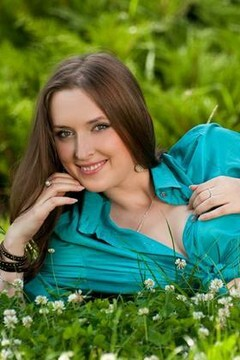 Oksana from Cherkasy 21 years - amazing girl. My small primary photo.