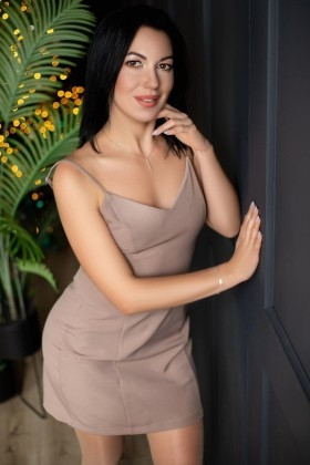 Iren from Zaporozhye 28 years - single russian woman. My small primary photo.