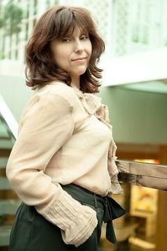 Larisa from Odessa 51 years - morning freshness. My small primary photo.