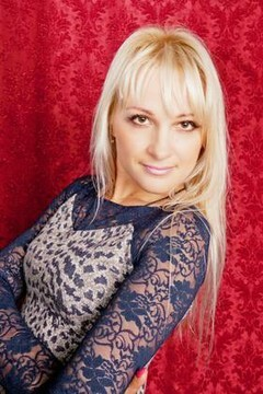 Oksana from Poltava 40 years - desirable woman. My mid primary photo.