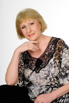 Tatiana from Cherkasy 61 years - waiting for husband. My small primary photo.