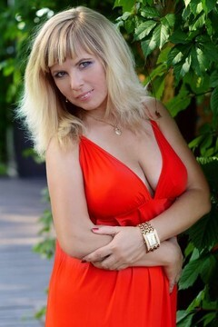 Elena from Kharkov 40 years - future wife. My mid primary photo.