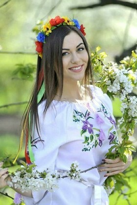 Nastya from Ivanofrankovsk 19 years - search for love. My small primary photo.