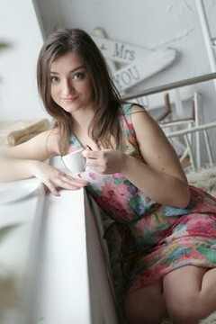 Vicky from Cherkasy 21 years - sunny smile. My small primary photo.