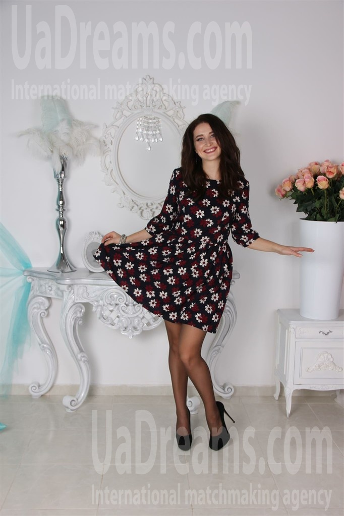 Galina from Odessa 28 years - Music-lover girl. My small public photo.