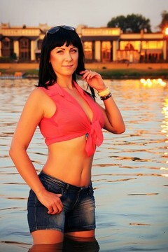 Anechka from Zaporozhye 31 years - attentive lady. My small primary photo.