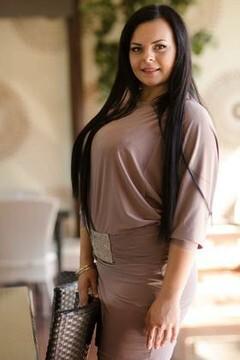 Yana from Poltava 20 years - nice smile. My mid primary photo.