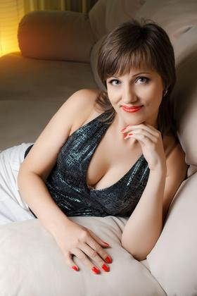 Tatiana from Nikolaev 42 years - joy and happiness. My small primary photo.