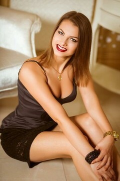 Vikusya from Kiev 24 years - single lady. My mid primary photo.