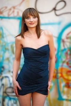 Viktoriya from Kremenchug 22 years - single russian woman. My mid primary photo.