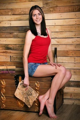 Vikky from Zaporozhye 21 years - searching life partner. My small primary photo.