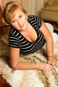 Tatyana from Dnepropetrovsk 58 years - amazing girl. My small primary photo.
