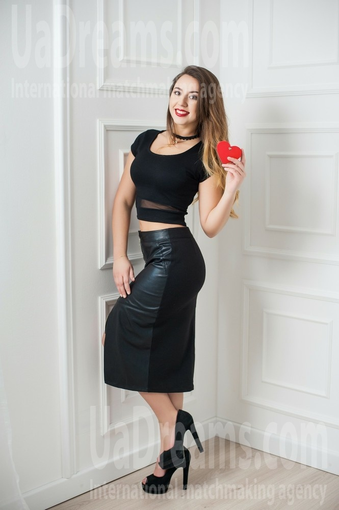 Lena from Ivanofrankovsk 20 years - waiting for you. My small public photo.