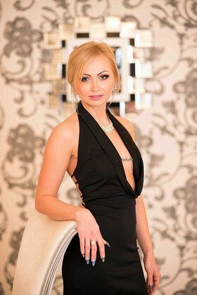 Ludmila from Poltava 34 years - attentive lady. My small primary photo.