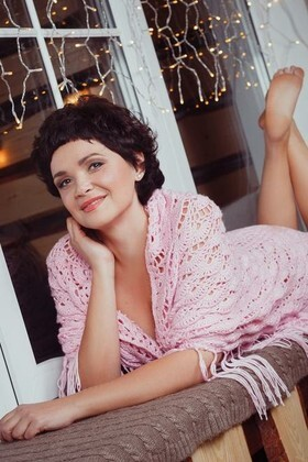 Anna from Dnepropetrovsk 32 years - charm and softness. My small primary photo.
