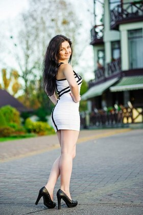 Iryna from Ivanofrankovsk 20 years - clever beauty. My small primary photo.